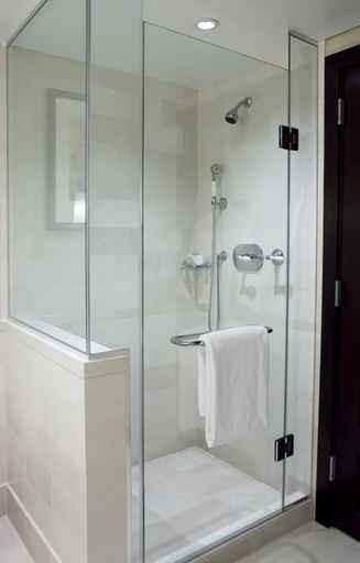 Box para Banheiros Menor Preço no Capão Redondo - Box em Vidro Temperado