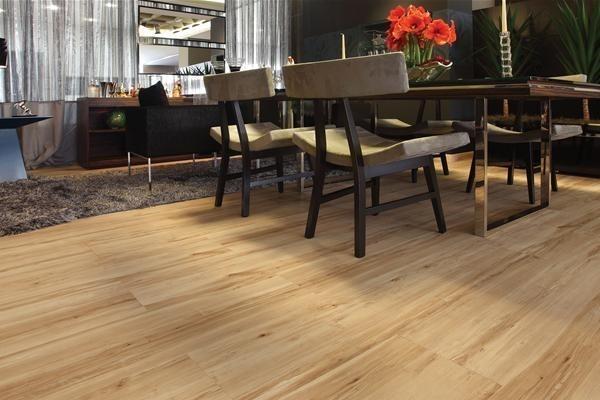 Carpete de Madeira Residencial Preço Baixo na Cidade Ademar - Preço Carpete de Madeira